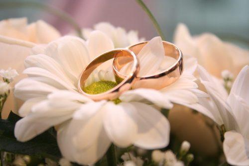Изображение - Трогательное поздравление с годовщиной свадьбы chto-podarit-roditeljam-na-godovshhinu-svadby-500x333