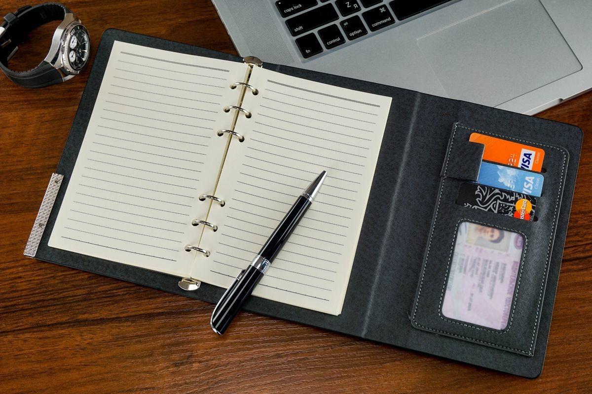 Ежедневник или записная книжка